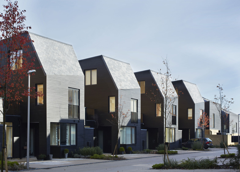 dezeen_South-Chase-housing-by-Alison-Brooks-Architects_ss_1