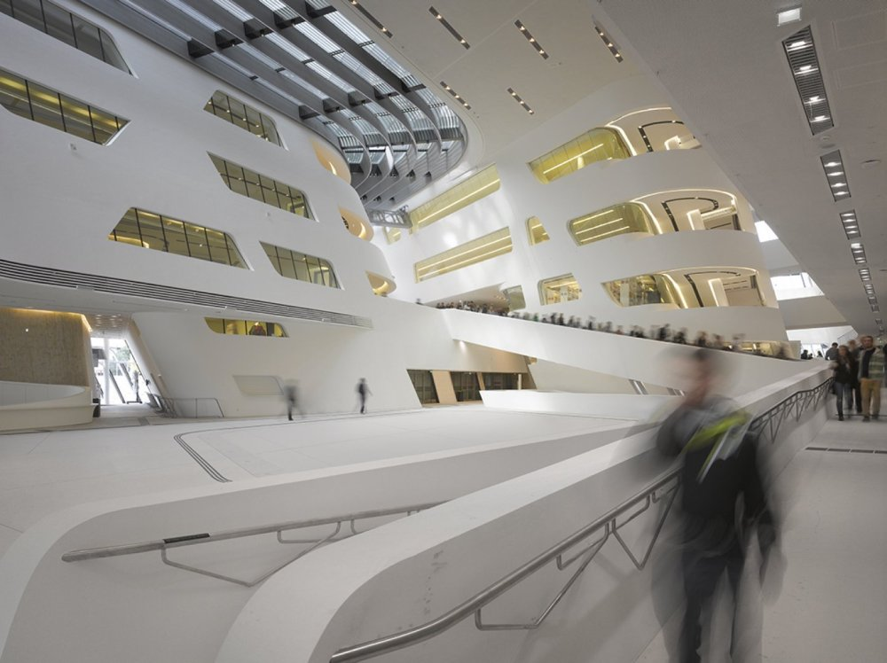 Library and learning centre University of Economics Vienna_Foto Roland Halbe