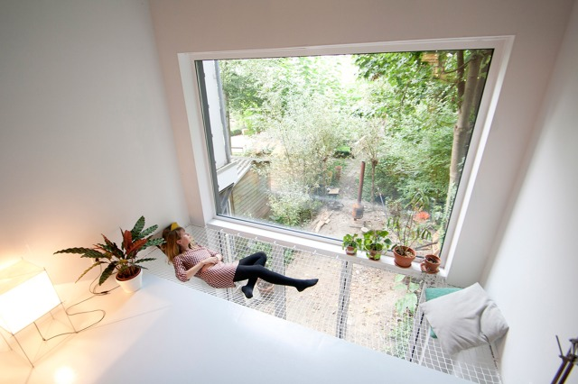 skinny-house-gwendolyn-huisman-architecture-residential-rotterdam_dezeen_2364_col_19 - Copy - Copy